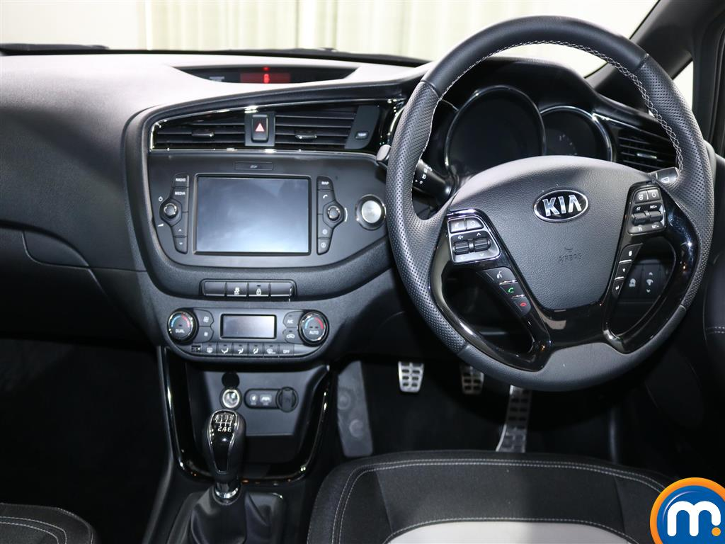 KIA Ceed Gt-Line Manual Petrol Hatchback - Stock Number (939759) - 2nd supplementary image