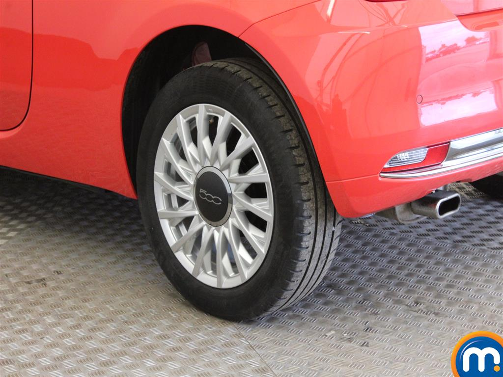 Fiat 500 Lounge Manual Petrol Hatchback - Stock Number (941803) - Drivers side