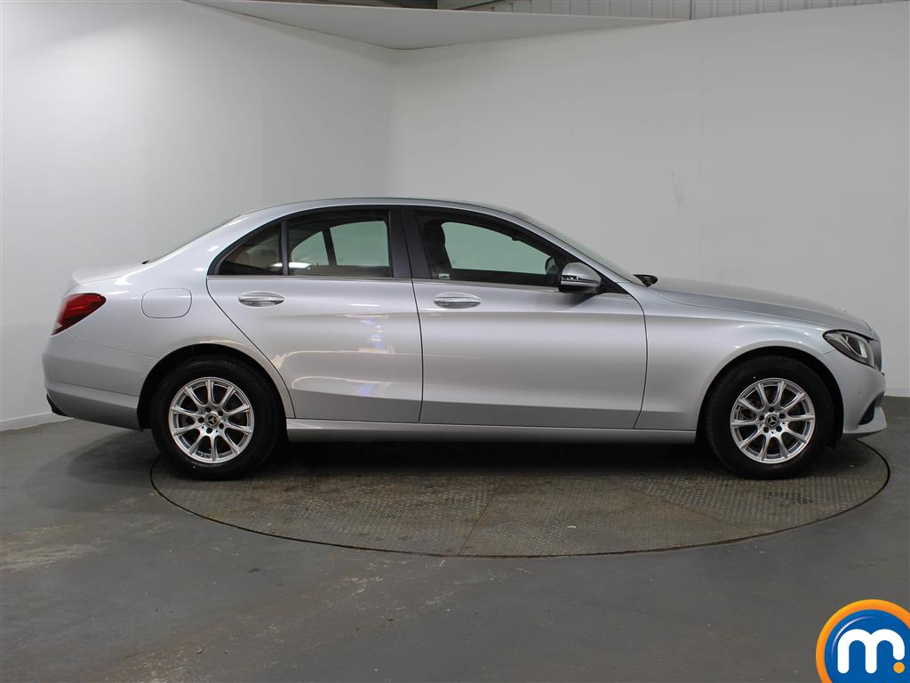 Mercedes-Benz C Class SE Manual Petrol Saloon - Stock Number (947411) - Drivers side