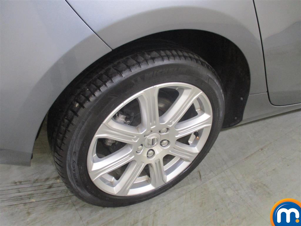 Volvo V40 Inscription Automatic Diesel Hatchback - Stock Number (948103) - 4th supplementary image