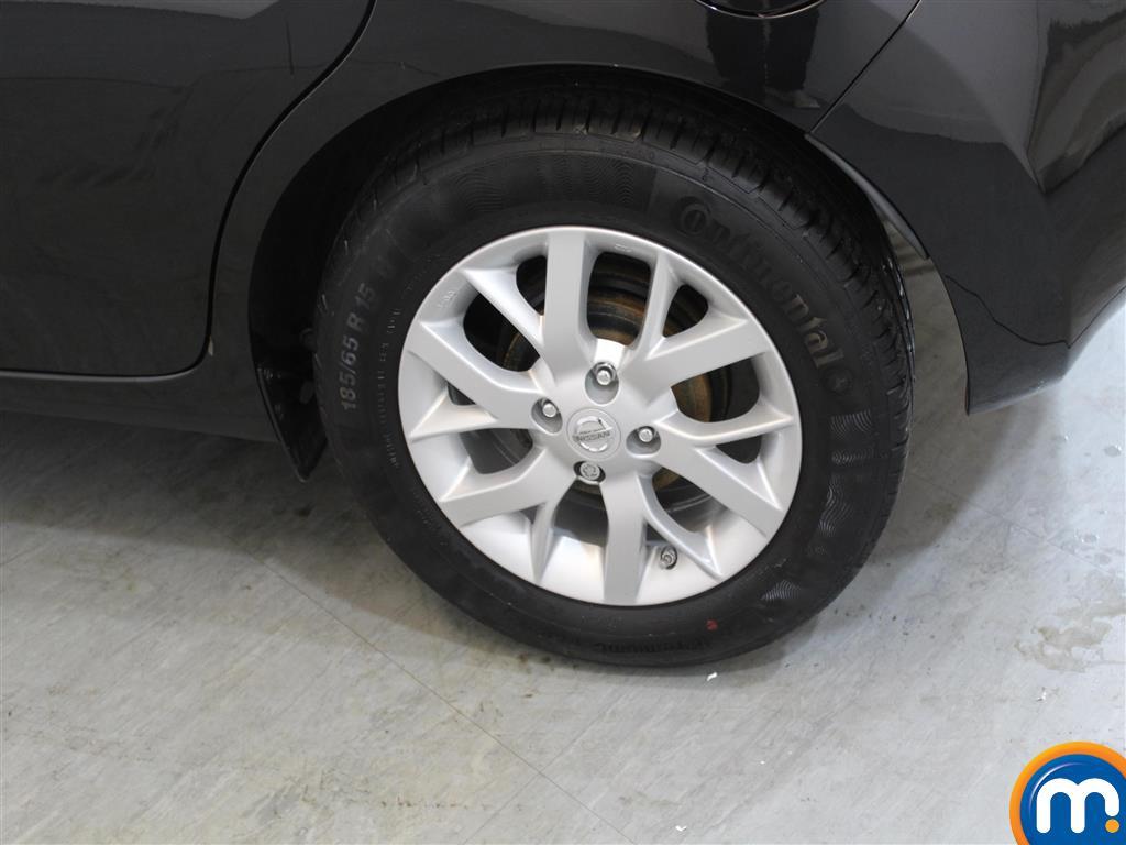 Nissan Note Acenta Premium Manual Diesel Hatchback - Stock Number (951467) - 1st supplementary image