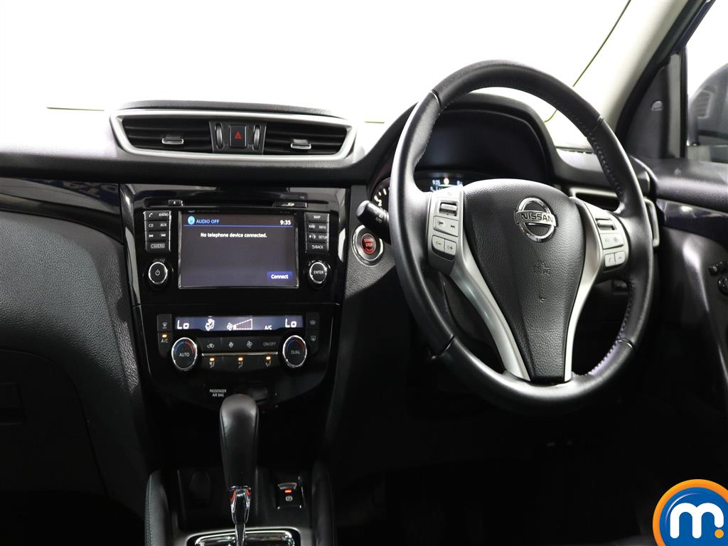 Nissan Qashqai Tekna Automatic Diesel Hatchback - Stock Number (952249) - 2nd supplementary image