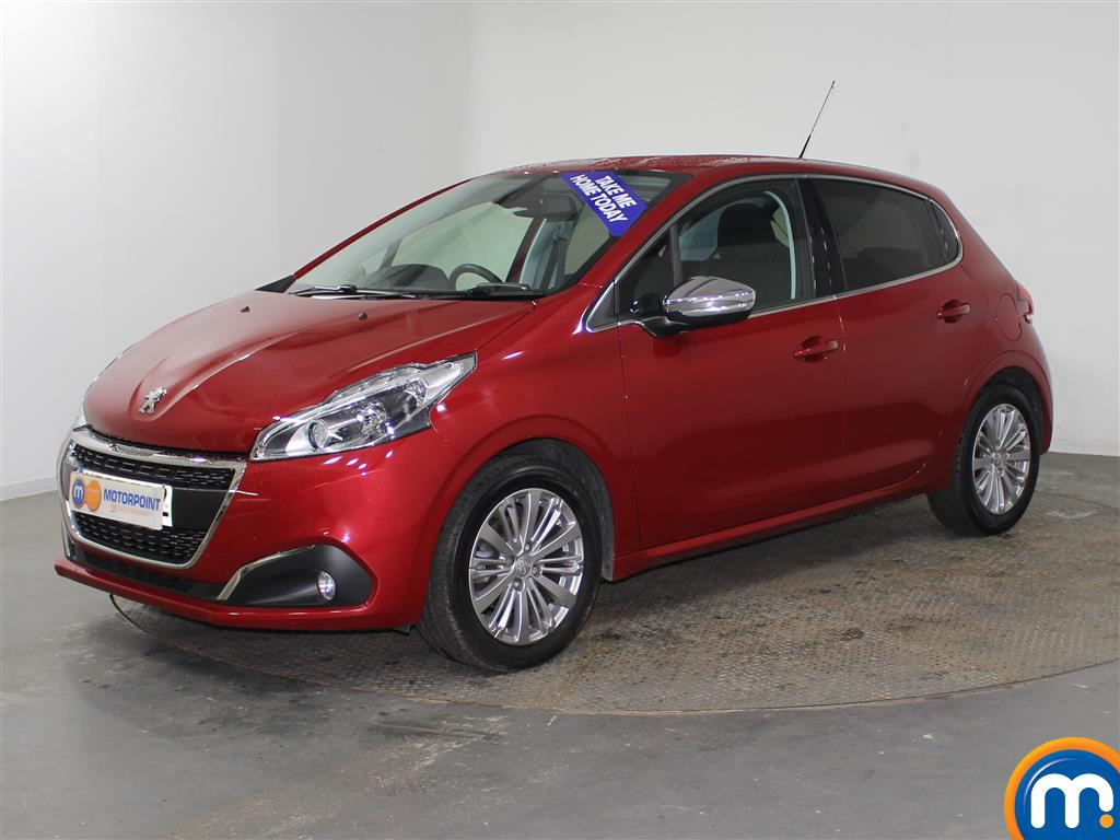 Peugeot 208 Allure - Stock Number (956251) - Passenger side front corner