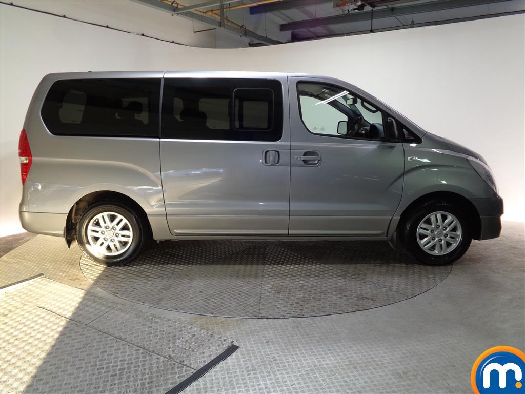 Hyundai I800 Se Nav Manual Diesel People Carrier - Stock Number (956616) - Drivers side