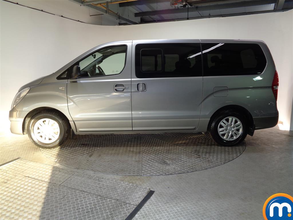 Hyundai I800 Se Nav Manual Diesel People Carrier - Stock Number (956616) - Passenger side