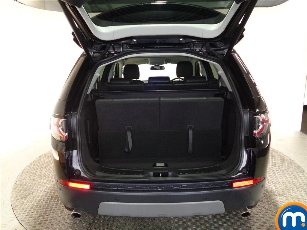 Land Rover Discovery Sport Hse Black Automatic Diesel 4X4 - Stock Number (961043) - 4th supplementary image