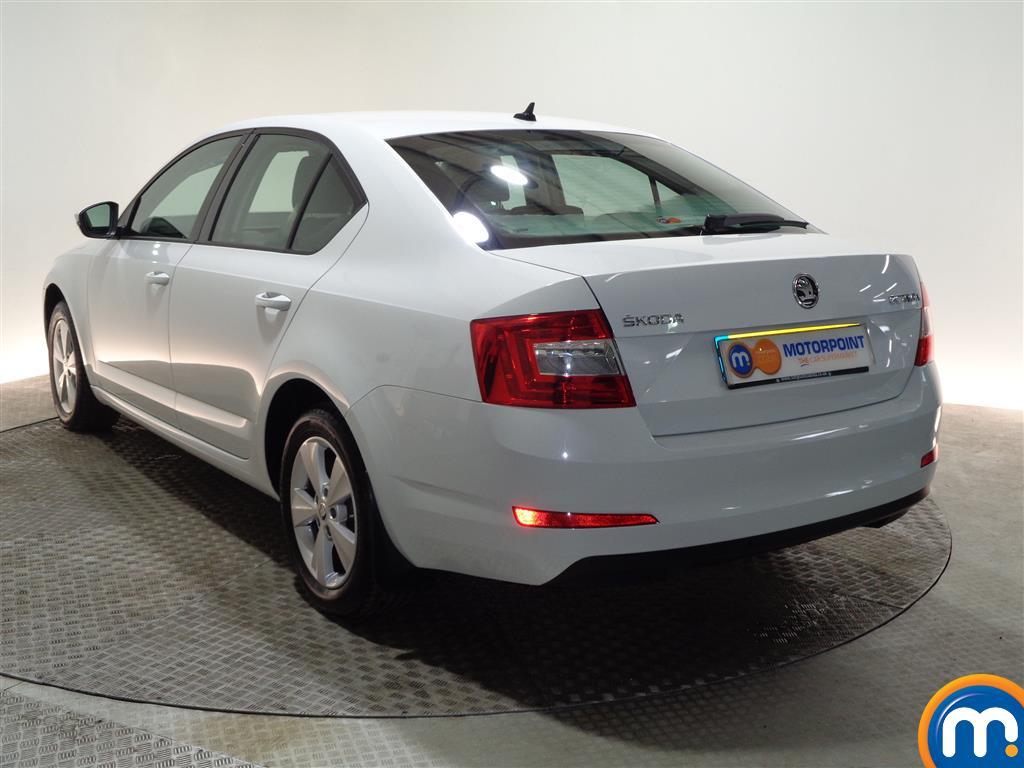 Skoda Octavia Se L Automatic Diesel Hatchback - Stock Number (962140) - Passenger side rear corner