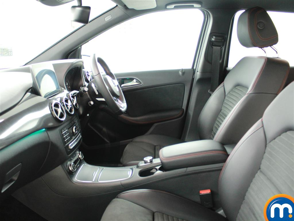 Mercedes-Benz B Class Amg Line Automatic Diesel Hatchback - Stock Number (952065) - 6th supplementary image