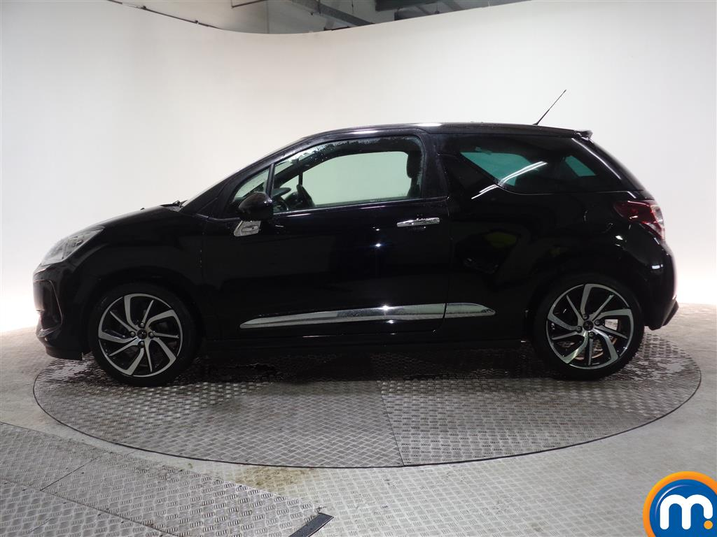 DS Ds 3 Connected Chic Manual Petrol Hatchback - Stock Number (961796) - Passenger side