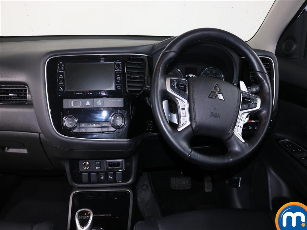Mitsubishi Outlander 4S Automatic Petrol-Plugin Elec Hybrid 4X4 - Stock Number (959088) - 2nd supplementary image