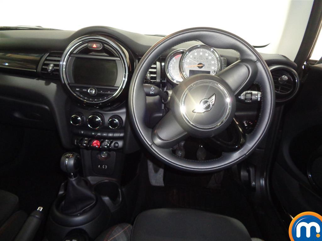 Mini Hatchback Cooper Seven Manual Petrol Hatchback - Stock Number (965904) - 4th supplementary image