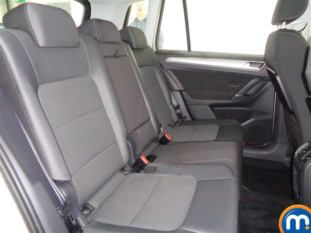 Volkswagen Golf Sv SE Manual Diesel Hatchback - Stock Number (965932) - 5th supplementary image