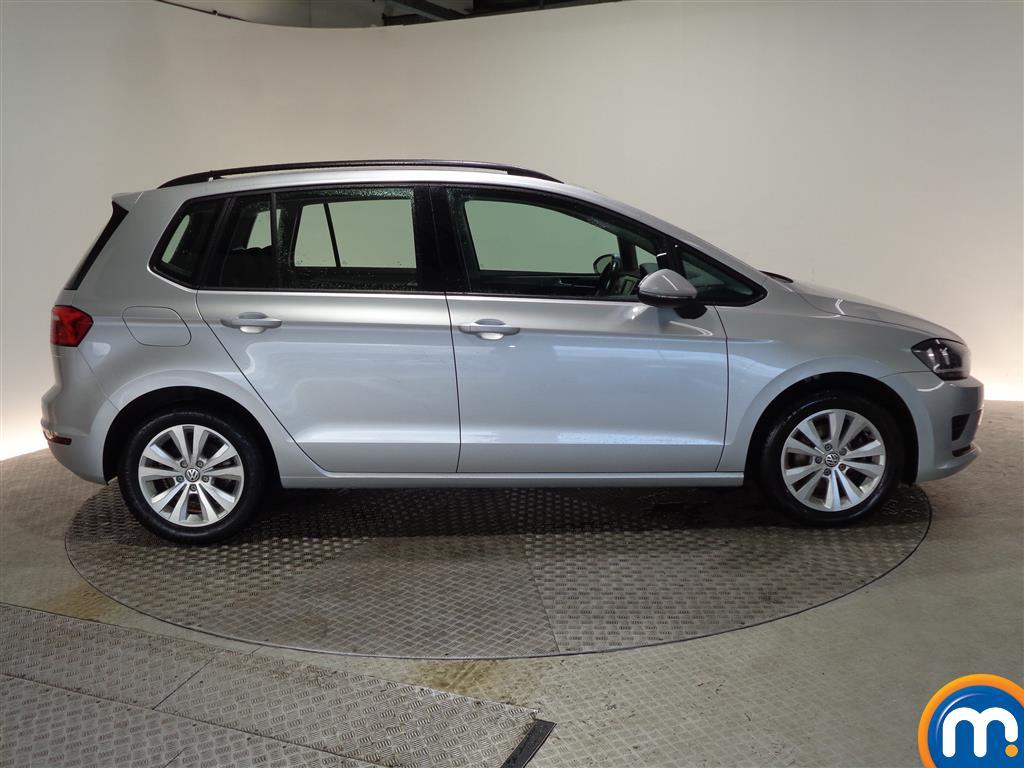 Volkswagen Golf Sv SE Manual Diesel Hatchback - Stock Number (965932) - Passenger side