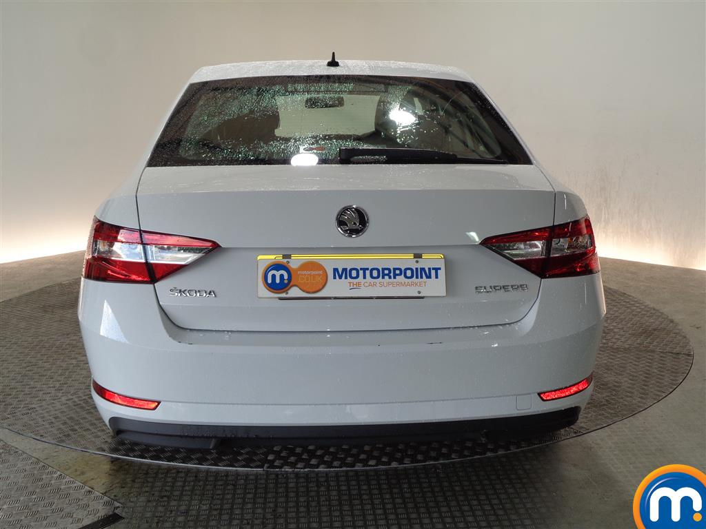 Skoda Superb S Manual Petrol Hatchback - Stock Number (968449) - Rear bumper