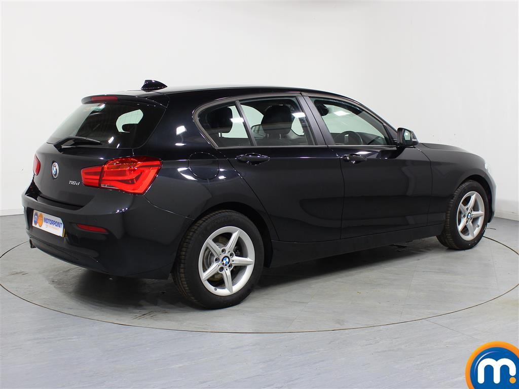 BMW 1 Series Se Business Manual Diesel Hatchback - Stock Number (965131) - Drivers side rear corner
