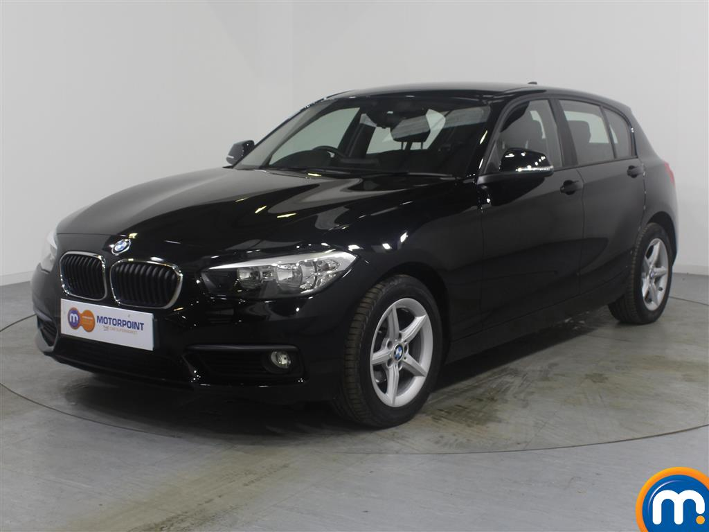 BMW 1 Series SE - Stock Number (963543) - Passenger side front corner