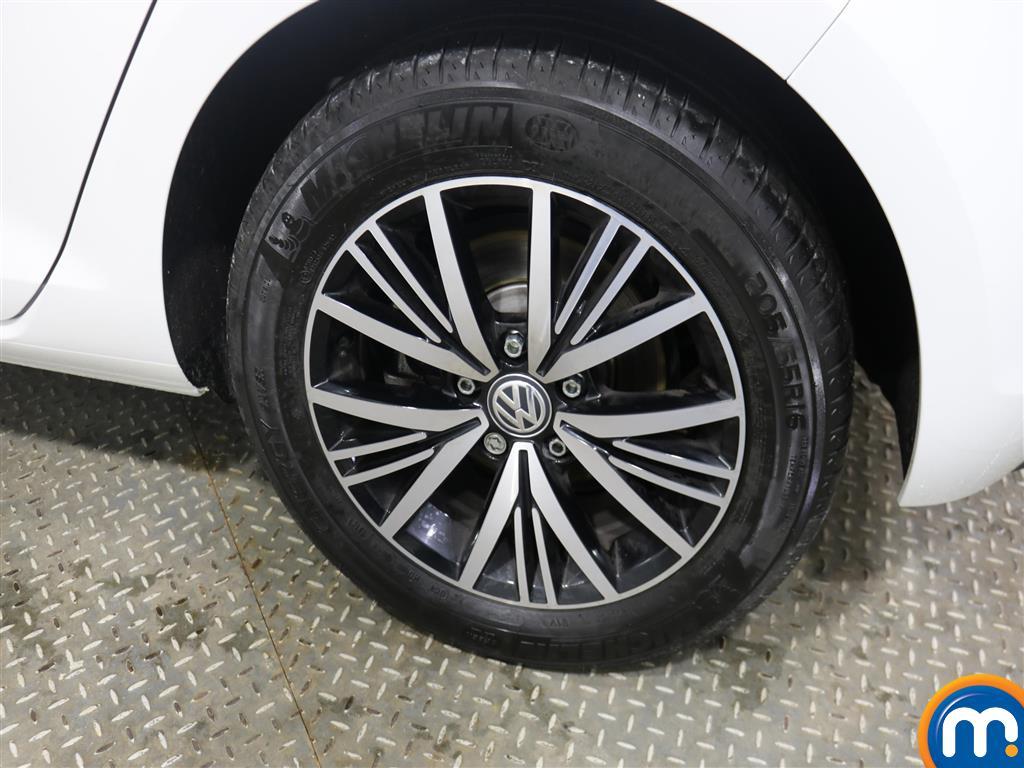 Volkswagen Golf SE Manual Petrol Hatchback - Stock Number (957836) - 5th supplementary image