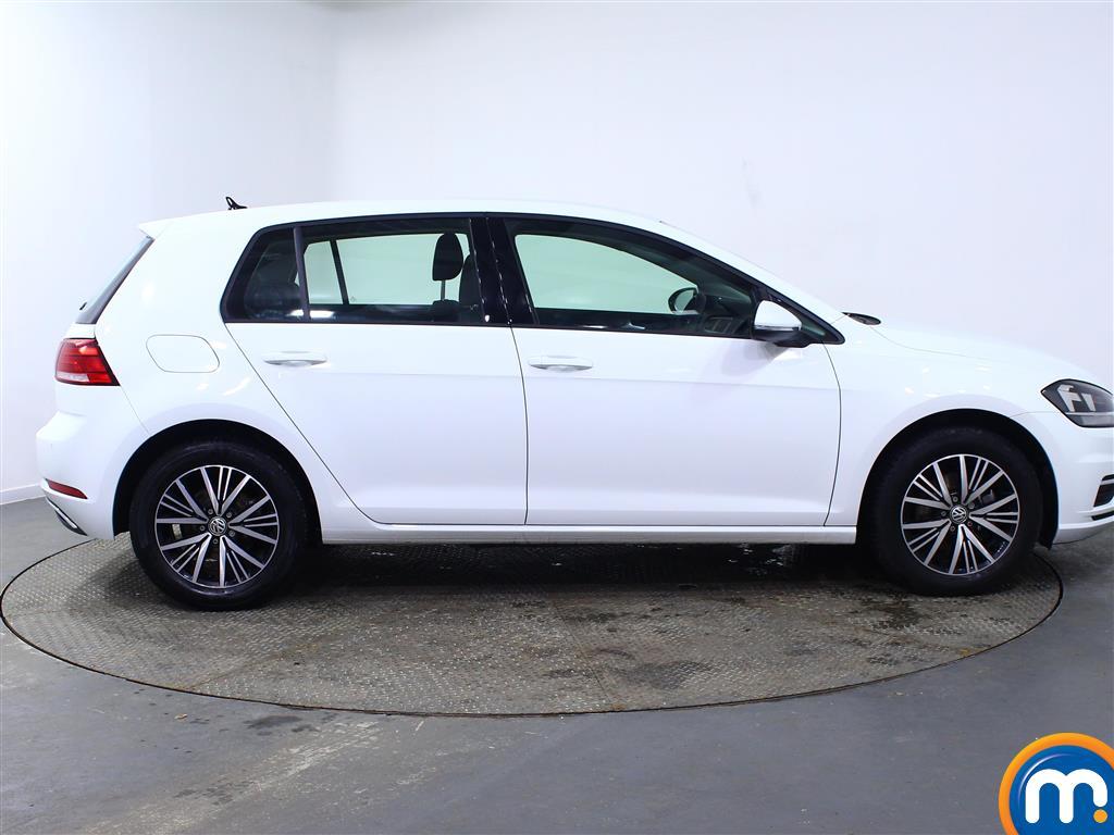 Volkswagen Golf SE Manual Petrol Hatchback - Stock Number (957836) - Drivers side