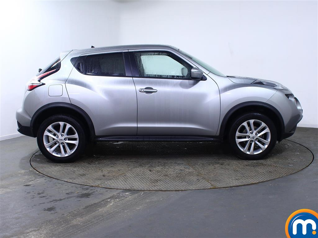 Nissan Juke N-Connecta Automatic Petrol Hatchback - Stock Number (969269) - Drivers side