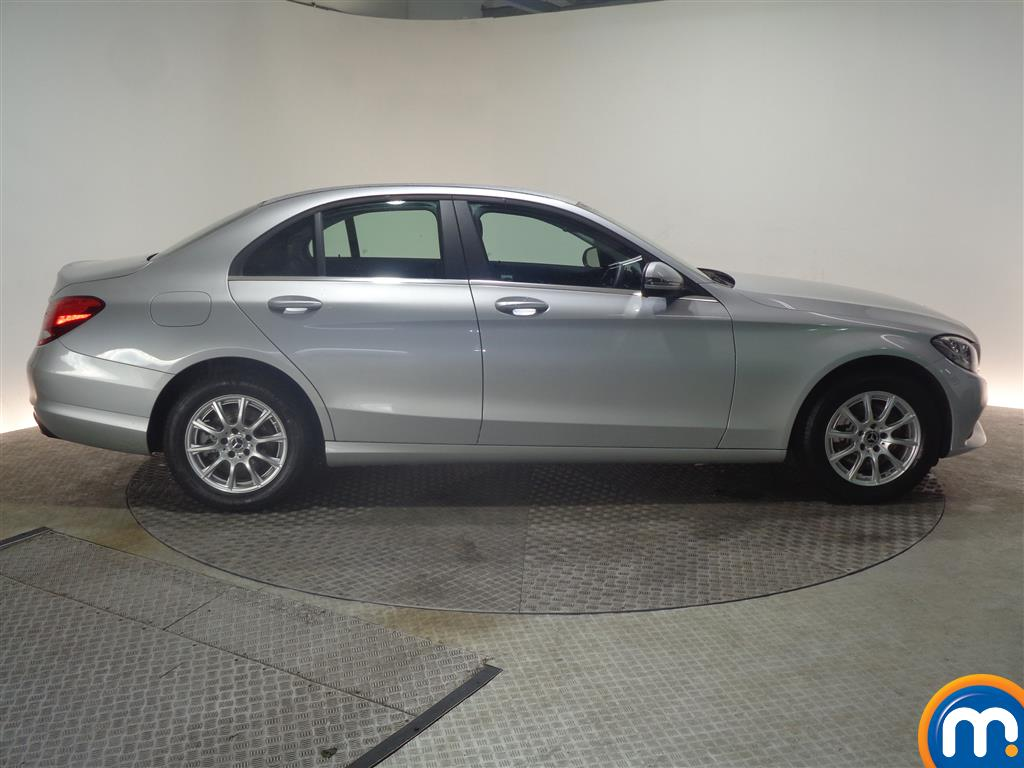 Mercedes-Benz C Class SE Manual Petrol Saloon - Stock Number (968963) - Passenger side