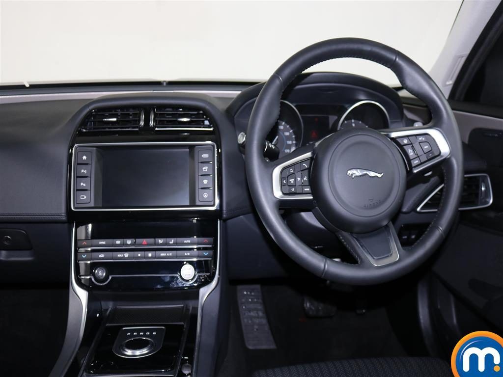 Jaguar XE Portfolio Automatic Diesel Saloon - Stock Number (970867) - 2nd supplementary image