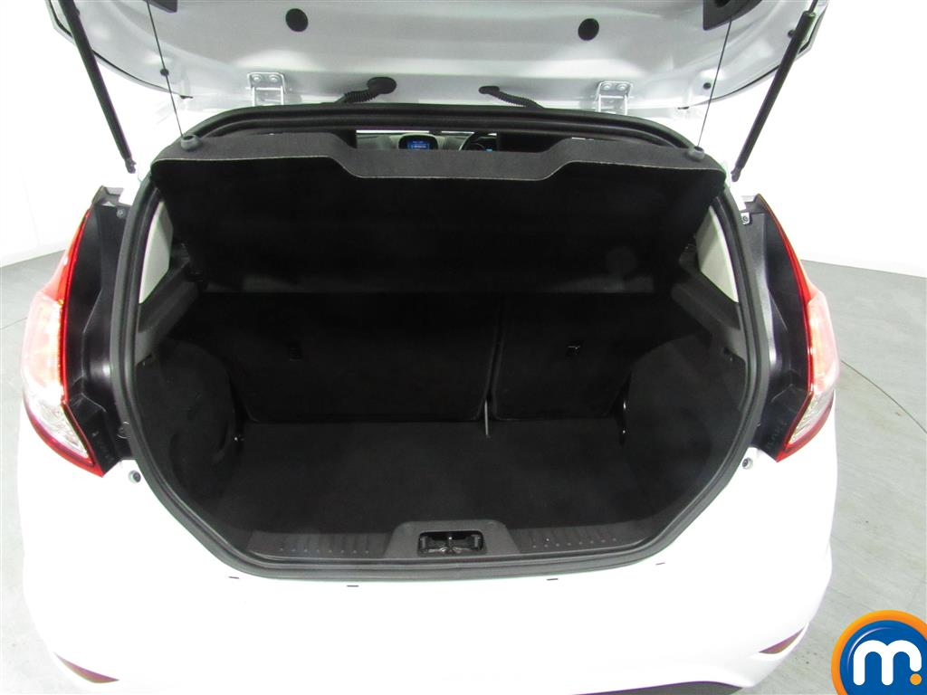 Ford Fiesta Zetec Automatic Petrol Hatchback - Stock Number (969959) - 4th supplementary image