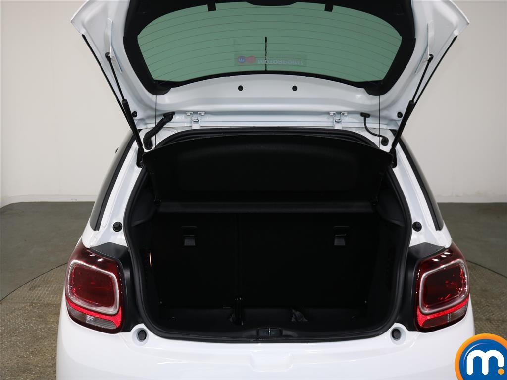 DS Ds 3 Elegance Manual Diesel Hatchback - Stock Number (953953) - 5th supplementary image