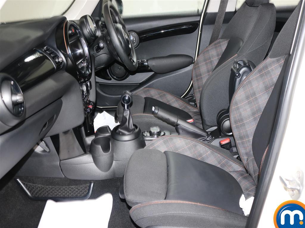Mini Hatchback Cooper S Seven Manual Petrol Hatchback - Stock Number (970118) - 4th supplementary image