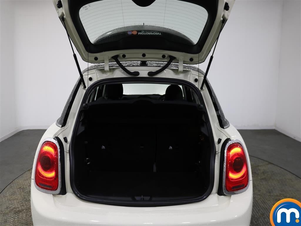 Mini Hatchback Cooper S Seven Manual Petrol Hatchback - Stock Number (970118) - 1st supplementary image