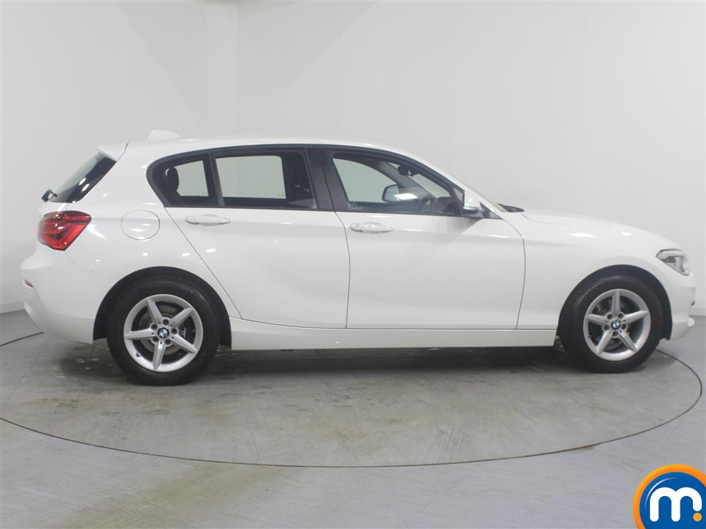 BMW 1 Series Se Business Manual Diesel Hatchback - Stock Number (968115) - Drivers side