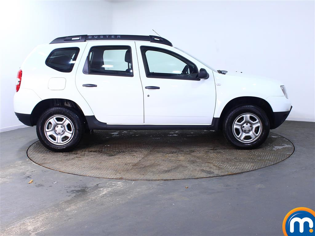 Dacia Duster AIR Manual Petrol Crossover - Stock Number (971660) - Drivers side