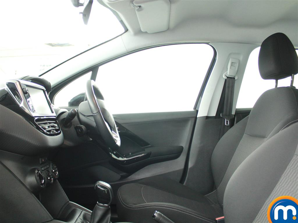 Peugeot 208 Active Manual Petrol Hatchback - Stock Number (960280) - 5th supplementary image