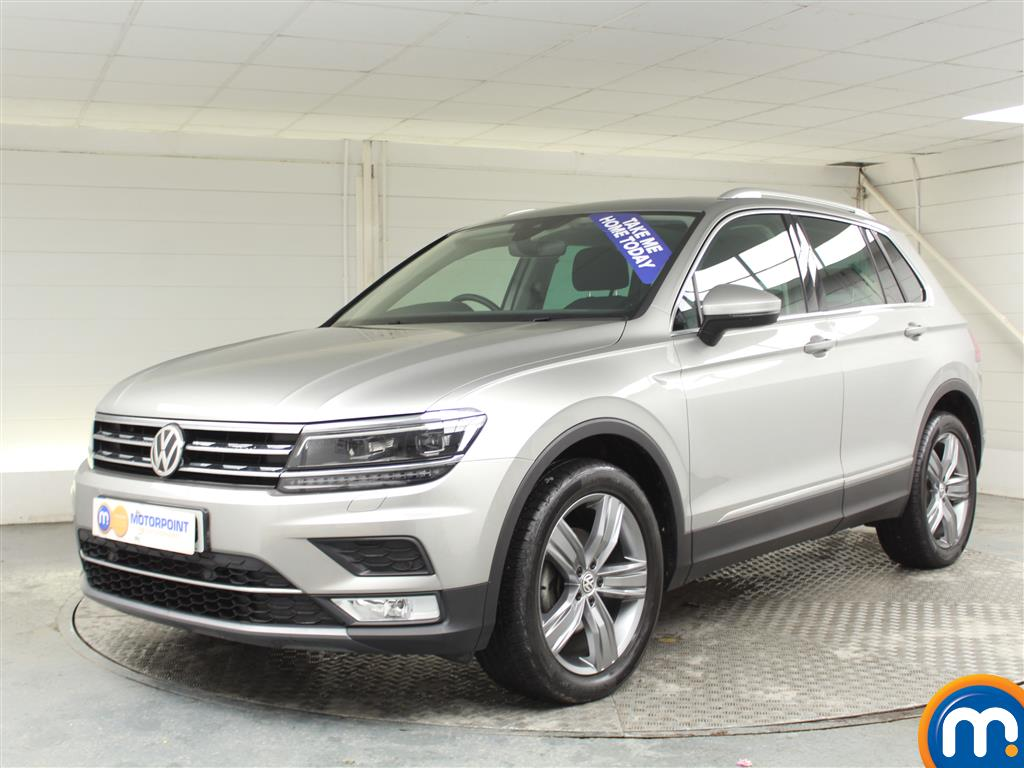 Volkswagen Tiguan SEL Manual Diesel Estate - Stock Number (970189) - Passenger side front corner