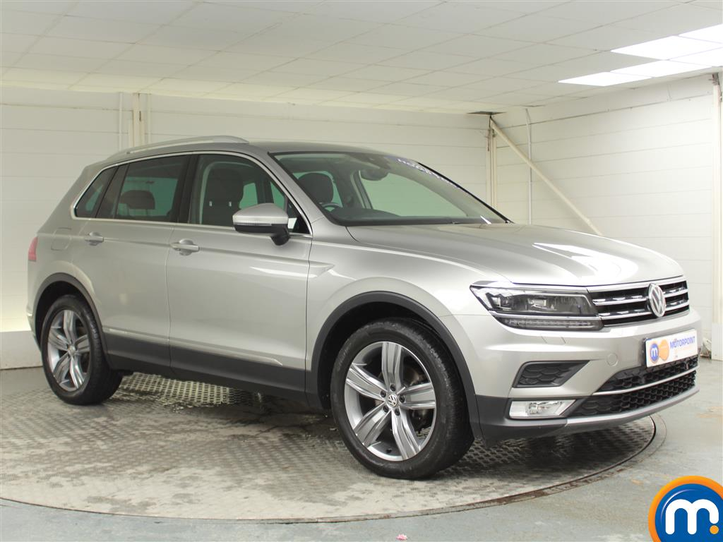 Volkswagen Tiguan SEL Manual Diesel Estate - Stock Number (970189) - Drivers side front corner