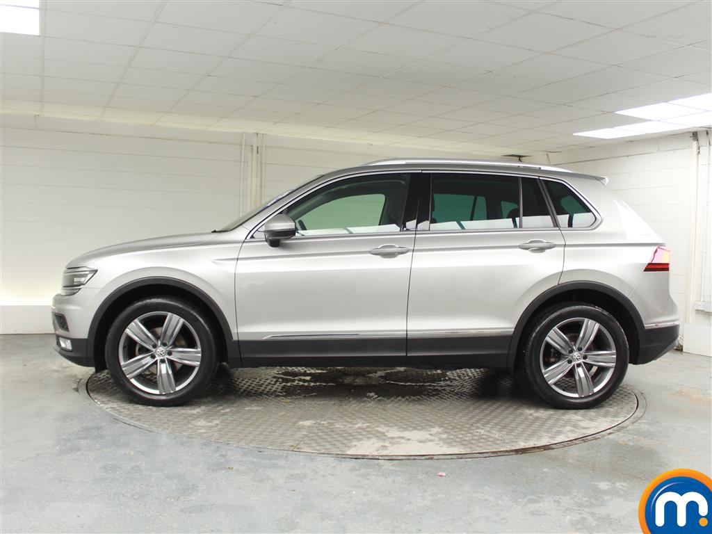 Volkswagen Tiguan SEL Manual Diesel Estate - Stock Number (970189) - Passenger side