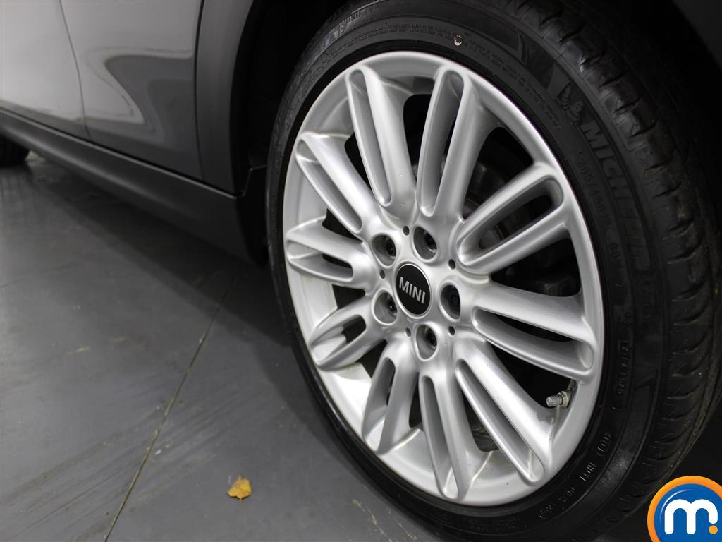 Mini Hatchback Cooper S Manual Diesel Hatchback - Stock Number (970914) - 5th supplementary image