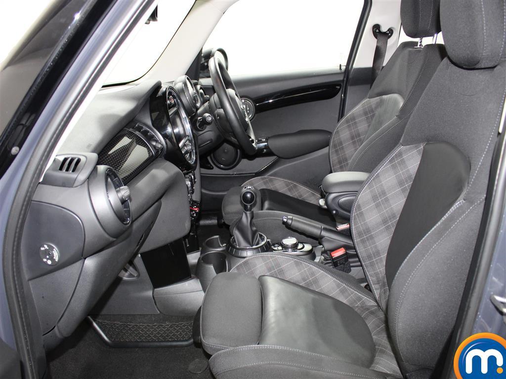 Mini Hatchback Cooper S Manual Diesel Hatchback - Stock Number (970914) - 1st supplementary image
