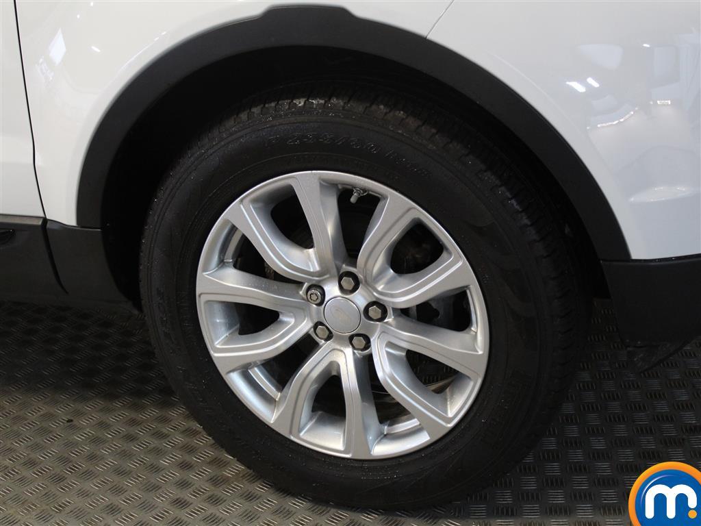 Land Rover Range Rover Evoque Se Tech Manual Diesel Crossover - Stock Number (970913) - Passenger side