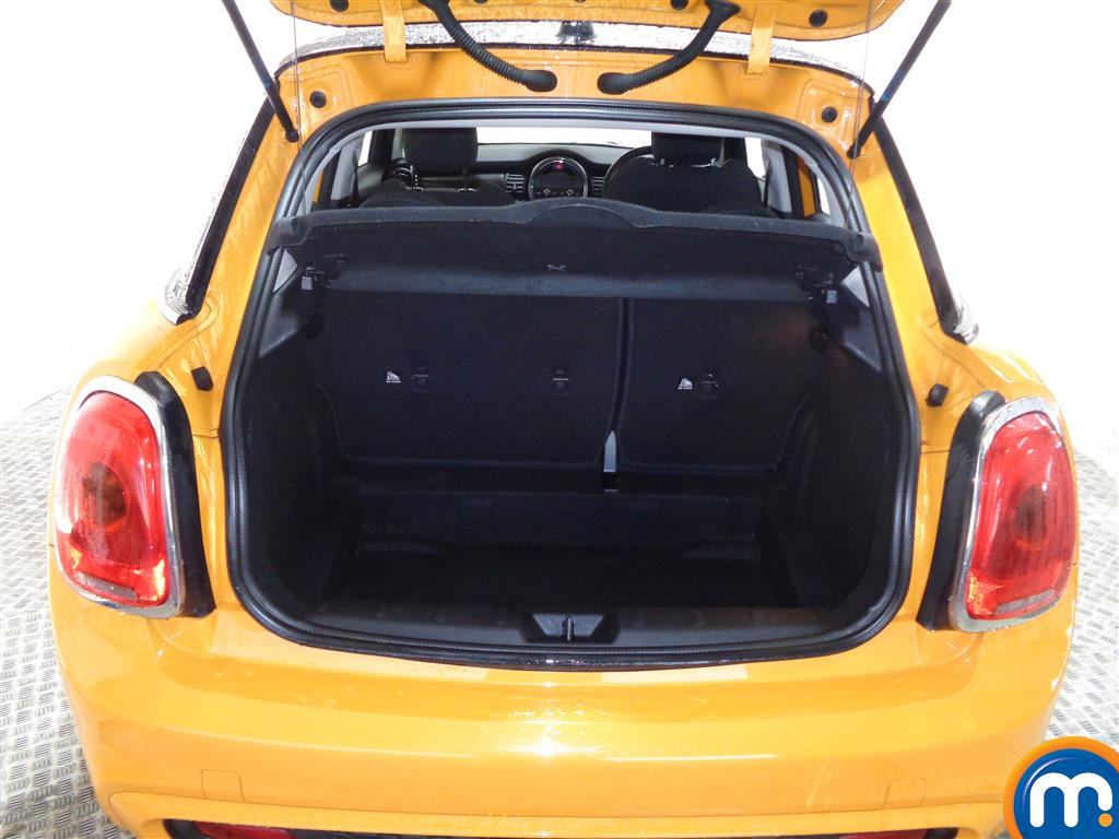 Mini Hatchback Cooper S Manual Diesel Hatchback - Stock Number (973056) - 7th supplementary image