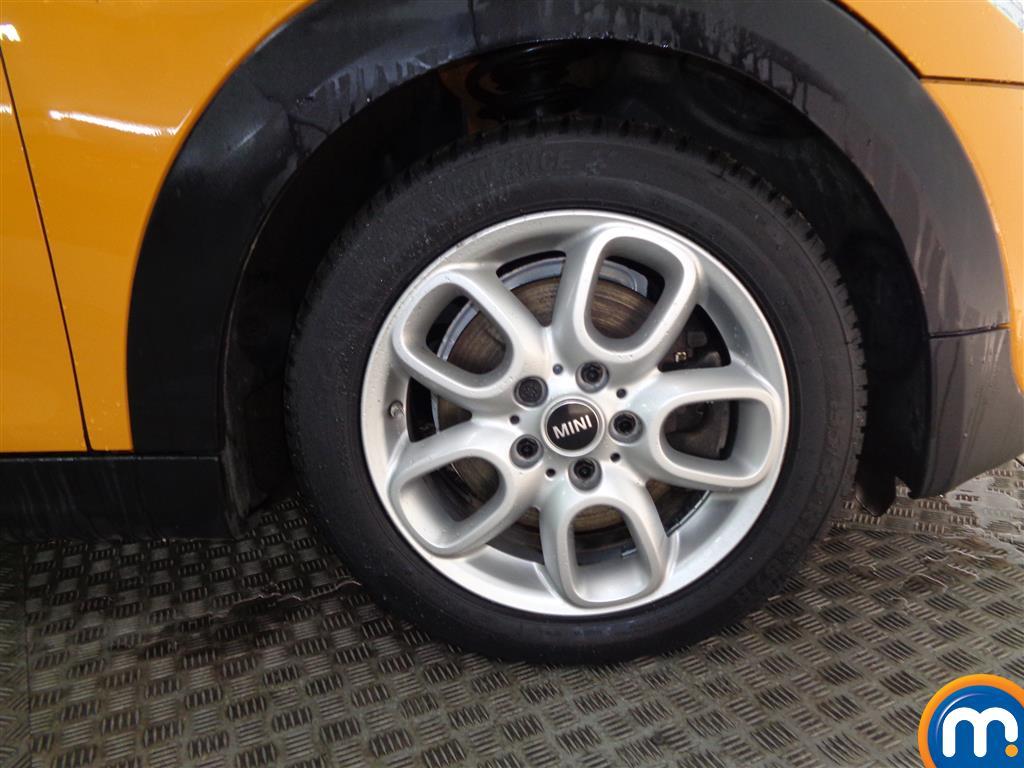 Mini Hatchback Cooper S Manual Diesel Hatchback - Stock Number (973056) - 1st supplementary image
