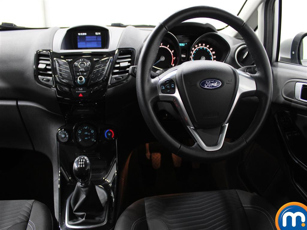 Ford Fiesta Zetec Manual Petrol Hatchback - Stock Number (971975) - 3rd supplementary image