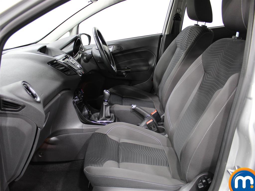 Ford Fiesta Zetec Manual Petrol Hatchback - Stock Number (971975) - 1st supplementary image