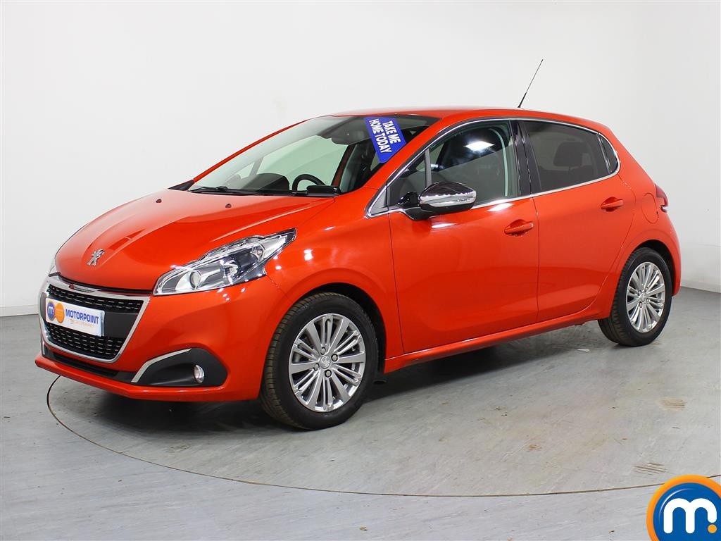 Peugeot 208 Allure - Stock Number (972999) - Passenger side front corner