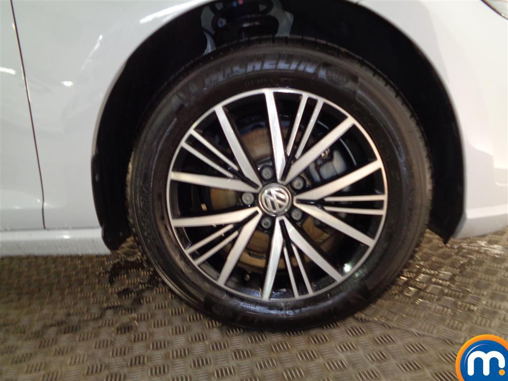 Volkswagen Golf SE Manual Petrol Hatchback - Stock Number (957842) - 1st supplementary image