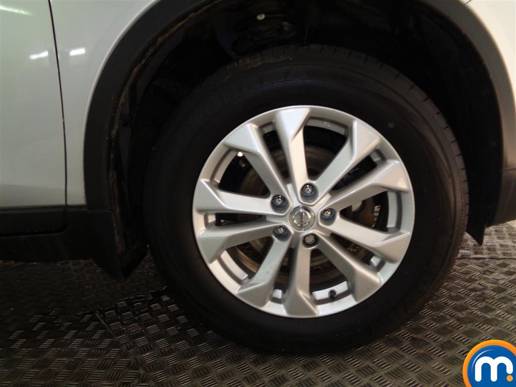 Nissan X-Trail Acenta Manual Diesel Crossover - Stock Number (974963) - 1st supplementary image
