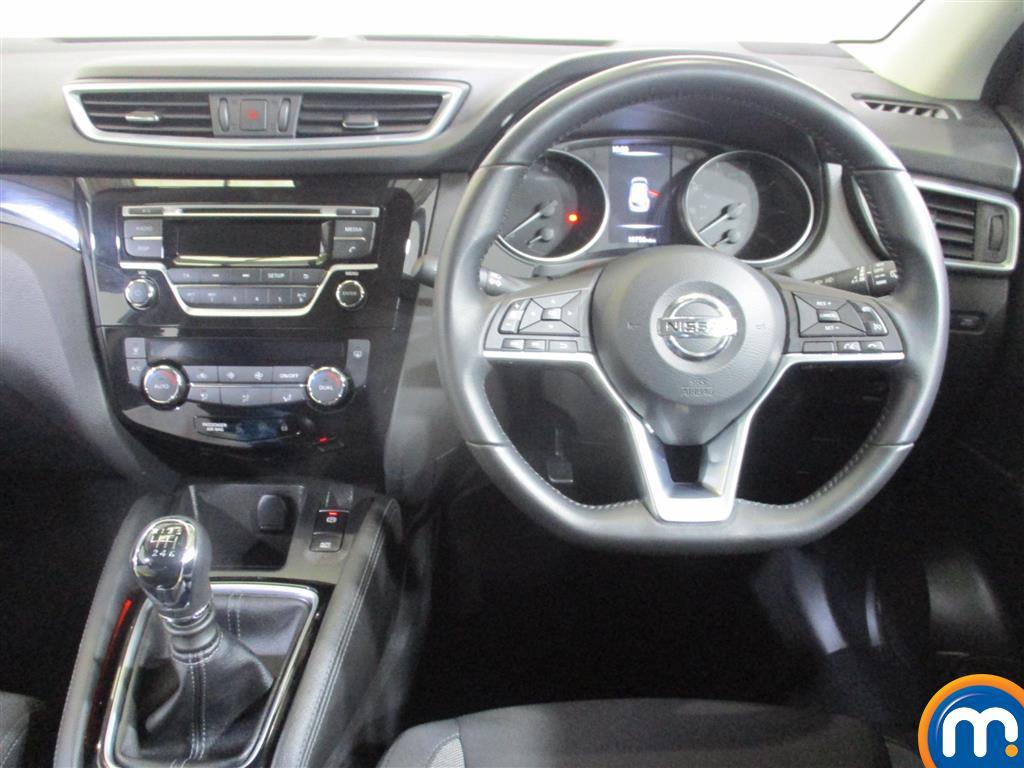 Nissan Qashqai Acenta Manual Petrol Hatchback - Stock Number (973653) - 4th supplementary image