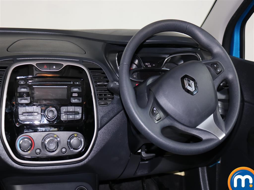 Renault Captur Expression-Plus Manual Diesel Hatchback - Stock Number (976914) - 4th supplementary image