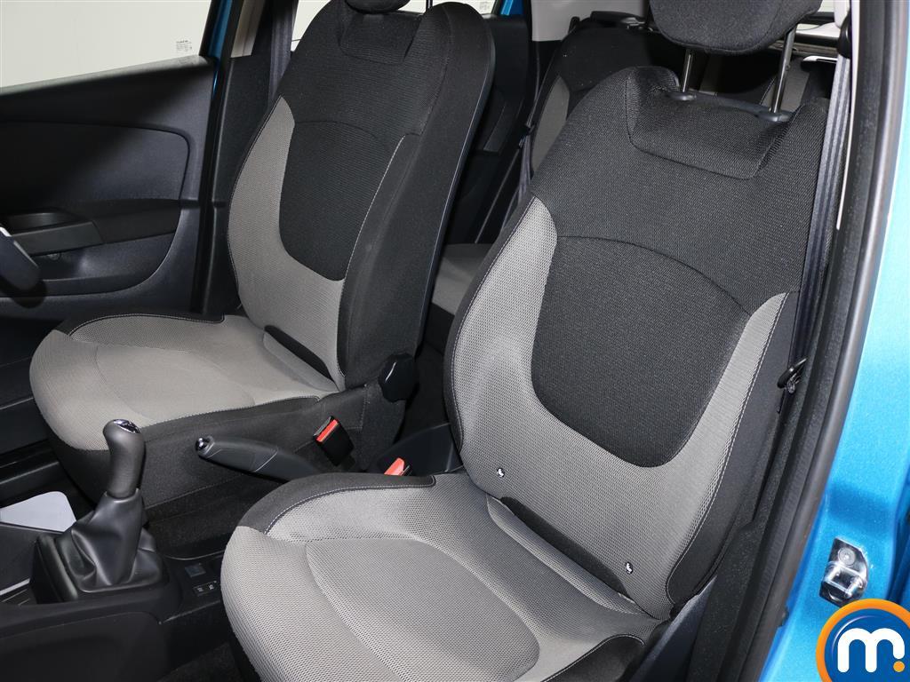 Renault Captur Expression-Plus Manual Diesel Hatchback - Stock Number (976914) - 5th supplementary image