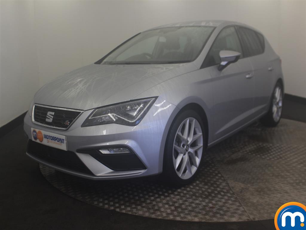 Seat Leon FR Technology - Stock Number (975134) - Passenger side front corner