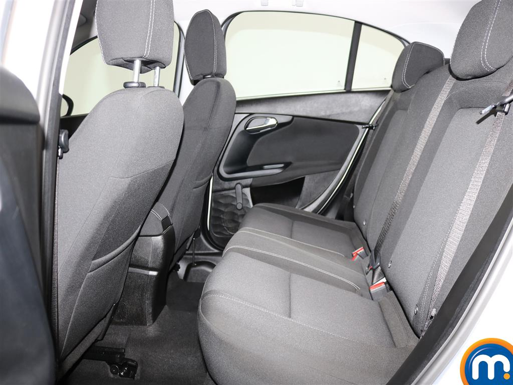 Fiat Tipo Easy Manual Petrol Hatchback - Stock Number (974438) - 3rd supplementary image